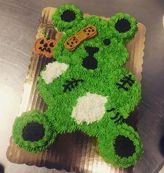 Halloween teddy bear cupcake cake