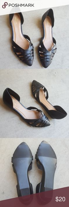 SBICCA BLACK POINTY FLATS SIZE 8 1/2 SIZE 8 1/2  BRAND SBICCA OF CALIFORNIA  LIKE NEW CONDITION Sbicca Shoes Flats & Loafers