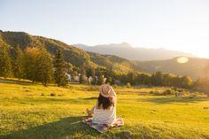 » 9 lucruri pe care sa le faci la munte intr-un weekend de toamnaMiu Miu Bff, Mountains, Couple Photos, Nature, Travel, Instagram, Miu Miu, Autumn, Wallpaper
