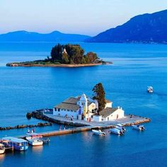 Things to do in Corfu : in the Ionian islands, a luxury holiday destination, and one of the most popular in Greece. A Detailed Guide to Corfu. Corfu Grecia, Holiday Destinations, Travel Destinations, Crystal Cruises, Isle Of Capri, Corfu Island, Boat Rental, Greek Islands, Greece Travel