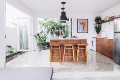 Open + airy kitchen