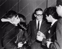 candid photo Natalie Wood Eddie Fisher out on the town somewhere 1211-23