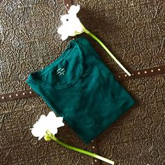 J Crew Vintage Cotton Tee Striking deep green cotton tee. A closet staple. Worn once. Like new. J. Crew Tops Tees - Short Sleeve