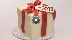 Rudolph's Bakery | de de eidooiers met de rest van de suiker au bain-marie schuimig. Meng de eidooiers door het eiwit en spatel de bloem en boter erdoor. Vet de bakvorm in en...