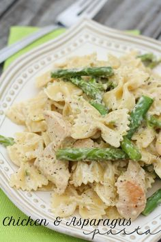 Ingredients: 1 12 oz box Bow Tie pasta 2 cups chicken, cubed 1 bunch asparagus ends trimmed 1/2 cup chicken broth 1/2 cup reserved pasta water 1 TB olive oil 2 hea