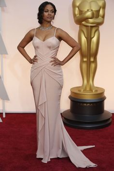Zoe Saldana in Atelier Versace at The Oscars 2015. Click to see more of our editors' favorite red carpet looks from the 87th Academy Awards. (Photo: Noel West for The New York Times)