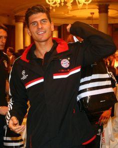 Mario Gomez - Bayern München~GermanFootballerwho plays as a Striker forBayern München