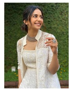 Rakul Preet Singh Photos [HD]: Latest Images, Pictures, Stills of Rakul Preet Singh - FilmiBeat Indian Fashion Dresses, Dress Indian Style, Indian Designer Outfits, Fashion Outfits, Fashion Pics, Indian Wear, Asian Fashion, Dress Outfits, Mode Bollywood