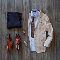 """Can't have too much brown...such a rich colour. Flatlay featuring Ocean Boulevard's brown paisley tie...the """"Bel-Aire"""""""