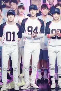 Suho, Sehun, Xiumin..... Jesus, I love these boys in uniforms!!!!