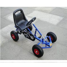 Electric cars diy go kart 51 Ideas E Quad, Go Karts For Sale, Go Kart Kits, Diy Electric Car, Homemade Go Kart, Bike Hanger, Diy Go Kart, Motorcycle Trailer, Go Car