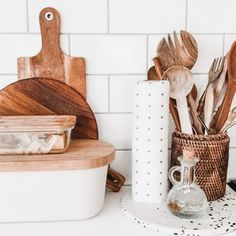 We are just loving how this beautiful bamboo roll sits so nicely on the paper roll stand adding to your interior brand. Goodbye synthetic blue cloth rolls and single use paper towels! Hello designer bamboo wipes. Photo courtesy of @littlebohotribe. #designerecohome #nomoresynthetics #compostable #goodbyepapertowels #goodchange #goodchangestore Paper Towel Rolls, Paper Towel Holder, Paper Towels, Natural Cleaning Products, Kitchen Interior, Biodegradable Products, Cleaning Wipes, Something To Do, Bamboo