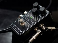 The Electro-Harmonix Silencer