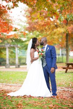 Amanda and Elvis: An autumnal, African wedding in Belgium – Bouquet Catch Autumnal, Belgium, Amanda, Bouquet, African, Culture, Dance, Wedding Dresses, Blog