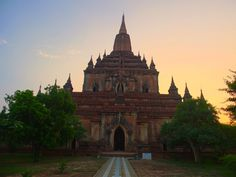 Sulamani Pagoda in Bagan is one of our favourites.  This elegant, multi story temple, stands just behind Dhammayangyi Pagoda and is a must see in Myanmar