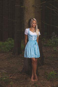 Pin by Albert Londres on Austrian Beer Girl, Dirndl Dress, Barefoot Girls, German Women, Maid Dress, Feminine Dress, Sexy Feet, Traditional Dresses, Cute Dresses