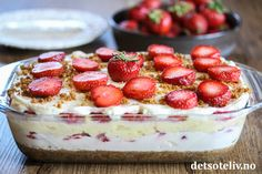 Trifle Desserts, Fika, Mousse, Cake Recipes, Deserts, Strawberry, Food And Drink, Pudding, Sweets