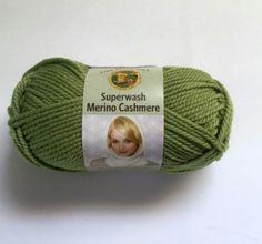 Lion Brand Superwash Merino Cashmere Yarn 172 Green Tea Made in Italy New #LionBrand #Plain