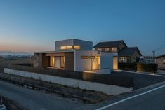 CASE671 実りの平屋 Mansions, House Styles, Holiday, Home Decor, Facades, Houses, Vacations, Luxury Houses, Interior Design