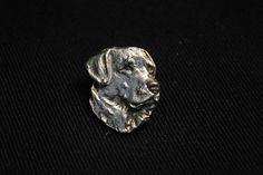 Labrador Retriever dog pin limited edition by ArtDogshopcenter