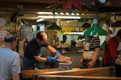 🌞 Check out this free photoAdult asian commerce food    ➡ https://avopix.com/photo/55113-adult-asian-commerce-food    #carpenter #man #shoe shop #shop #people #avopix #free #photos #public #domain