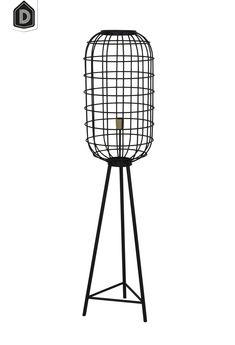 De vloerlamp TOAH wordt met de hand gemaakt en hierdoor kunnen de lampen onderling verschillen. Een echt uniek product dus!   #dutchhomelabel#lightandliving#lightliving #verymodern #vloerlamp#interieurinspiratie  #interieurstyling#binnenkijken