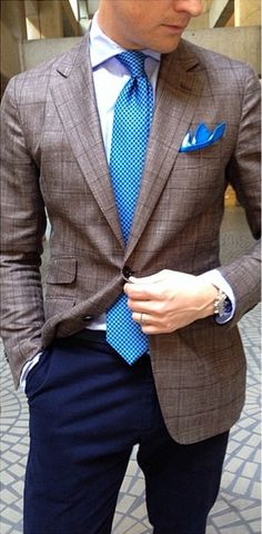 Brown and Blue. Always a winning color combo. Unstructured linen blend Loro Piana jacket.
