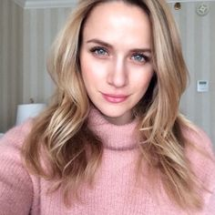 Thanks for getting my face all fresh before starting a new project! by therealshantel Shantel Vansanten, Fair Skin, Becca, Green Eyes, Blonde Hair, Facial, Hair Beauty, Hair Color, Skin Care