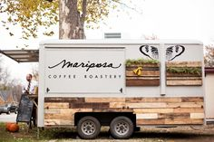 Mariposa Coffee Roastery located in Norman - you can find them in OKC at Native Roots, Shop Good & Forward Foods.that Coffee Truck is TOOOOO Cute! Food Truck Business, Rent A Food Truck, Foodtrucks Ideas, Coffee Food Truck, Mobile Coffee Shop, Mobile Cafe, Mobile Shop, Coffee Trailer, Coffee Van