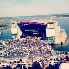 Yes, concerts under the stars at Jones Beach can feel otherworldly. | 61 Reasons Long Island Is Actually The Best Thing About New York