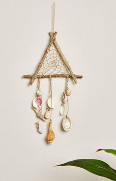 Triangle Wood and Shell Mobile Seashell Art, Seashell Crafts, Beach Crafts, Crafts To Do, Arts And Crafts, Diy Crafts, Seashell Wind Chimes, Seashell Projects, Driftwood Crafts