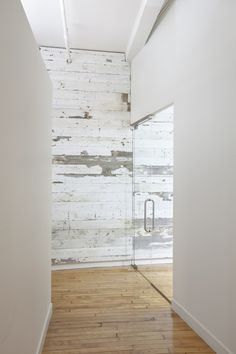 Repurposed lumber changes the entire look of a room. Plus white-- so fresh.