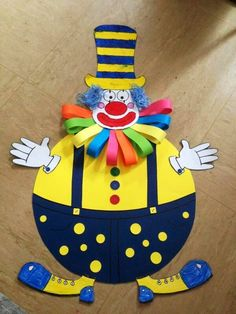 Clown craft idea for kids Paper plate and plastic plate clown craft ideas Paper clown crafts Clown wall decorations for classroom Foam clown craft ideas Balloon clown craft idea for preschoolers Kids Crafts, Clown Crafts, Circus Crafts, Carnival Crafts, Circus Art, Circus Theme, Preschool Crafts, Diy And Crafts, Theme Carnaval