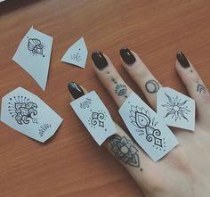 Screen Shot at pm Screen Shot at pm Hand Tattoos, Lotusblume Tattoo, Cool Finger Tattoos, Text Tattoo, Doodle Tattoo, Finger Tattoo Designs, Finger Tats, Sternum Tattoo, Henna Tattoo Designs