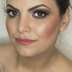 💜💄 Machiaj cu gene false din par natural incluse.   Detalii si programari ⤵  📞0763505242/wapp  📩 PM (Facebook sau Instagram)  #valentinabucur #makeupartist #makeupatelierparis #eyelashes #eyeliner #makeupforever #makeupaddict #makeupjunkie #makeuplover #bridalmakeup #pigments #eyebrows #universalmakeup #contouring #undiscovered_muas #inglot #sleek #thebalm #anastasiabeverlyhills