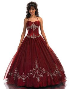 Consider a Christmas Quinceañera - Mis Quince Mag