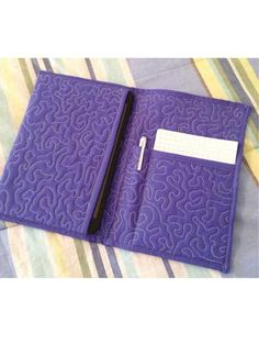 e-PatternsCentral.com - Quilted Tablet Book Case