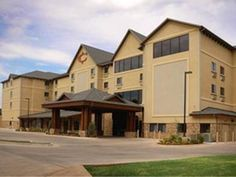 Stillwater (OK) Best Western Plus Cimarron Hotel and Suites United States, North America Located in Stillwater, Best Western Plus Cimarron Hotel and Suites is a perfect starting point from which to explore Stillwater (OK). The hotel offers guests a range of services and amenities designed to provide comfort and convenience. Service-minded staff will welcome and guide you at the Best Western Plus Cimarron Hotel and Suites. Non smoking rooms, air conditioning, heating, wake-up s...