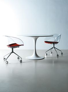 Meeting tables provide fundamental space for management activity. The size and design features of the KONO range give it a particular prestige and atmosphere.  Looking for the new KONO range from IVM :  http://www.ivmoffice.it/en/furniture/kono-table.html