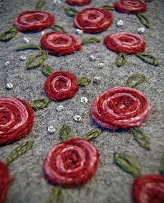 Grandmothers Pearls: Embroidery & Swan Weaving [gorgeous roses!]