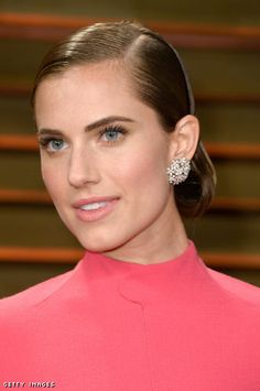 Allison Williams at the 2014 Vanity Fair Party, makeup by Patty Dubroff