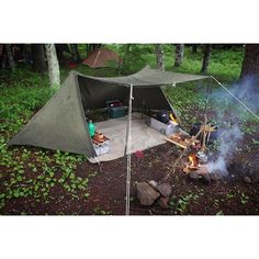 Top Camping Tips And Ideas. Outdoor camping is truly one of the most amazing varieties of getaways t Bushcraft Camping, Bushcraft Kit, Canoe Camping, Camping Survival, Outdoor Survival, Family Camping, Camping Gear, Camping Hacks, Outdoor Camping
