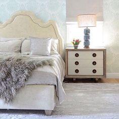 Summer Light #fur #furblanket #interiors #bedroom #headboard #decoration #manoswartzfurs #est1889