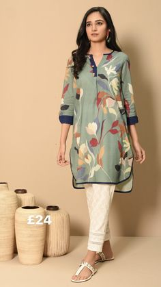 Pakistani Fashion Casual, Pakistani Dresses Casual, Pakistani Dress Design, Casual Dresses, Stylish Dress Book, Stylish Dresses For Girls, Fancy Dress Design, Stylish Dress Designs, Sleeves Designs For Dresses