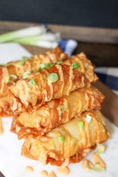 Bang Bang Shrimp Egg Rolls filled with delicious shrimp, slaw, and the super popular Bang Bang sauce! Perfect game day snack or appetizer! Shrimp Recipes, Appetizer Recipes, Party Appetizers, Seafood Rolls Recipe, Italian Appetizers, Seafood Appetizers, Italian Desserts, Chicken Recipes, Dessert Recipes