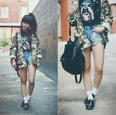 Camo (by Willabelle Ong) http://lookbook.nu/look/4498959-Camouflage-Jacket-Studded-Rottweiler-Tee-Camo