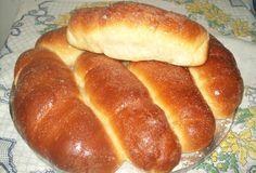 Aprenda a preparar a receita de Pão da Malena Kitchenaid, Pan Frito, Rustic Bread, Hot Dog Buns, Bread Recipes, Sweet Recipes, Banana Bread, Deserts, Pizza