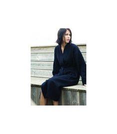 Albornoz de baño tipo kimono punto nido de abeja,100% algodón, 220 gr/m².Dos bolsillos. Disponible en dos colores negro y blanco