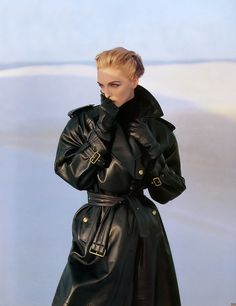 """leatherleatherlady: """" Lady in leather coat. Oldie but goodie. http://www.leatherleatherleather.com/2016/06/lady-in-leather-coat-135.html """""""