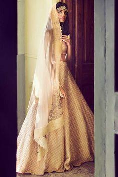 Sweetheart Wedding Dress, Wedding Dresses, Vogue India, High Low, Fashion, Bride Dresses, Moda, Bridal Gowns, Fashion Styles